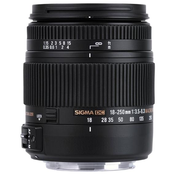 18-250mm F3.5-6.3 DC MACRO OS HSM Zoom