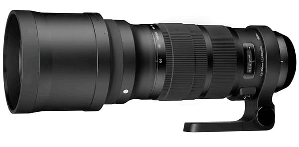 Le nouveau 120-300mm F2.8 DG OS HSM équipé de son pare-soleil